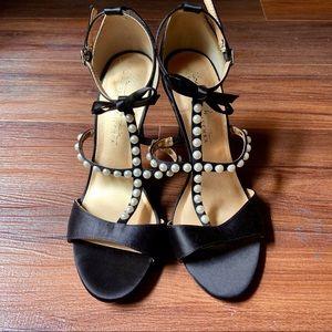 Badgley Mischka black pearl bow heels